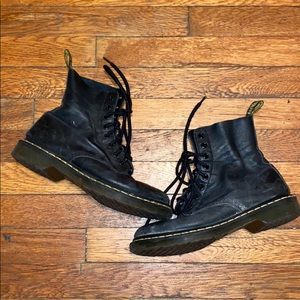Dr Martens pascal black leather combat boots sz 9